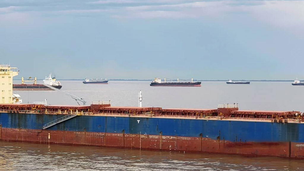 Normalizado el tránsito de buques en el Río de la Plata, vuelven los reclamos por el Magdalena