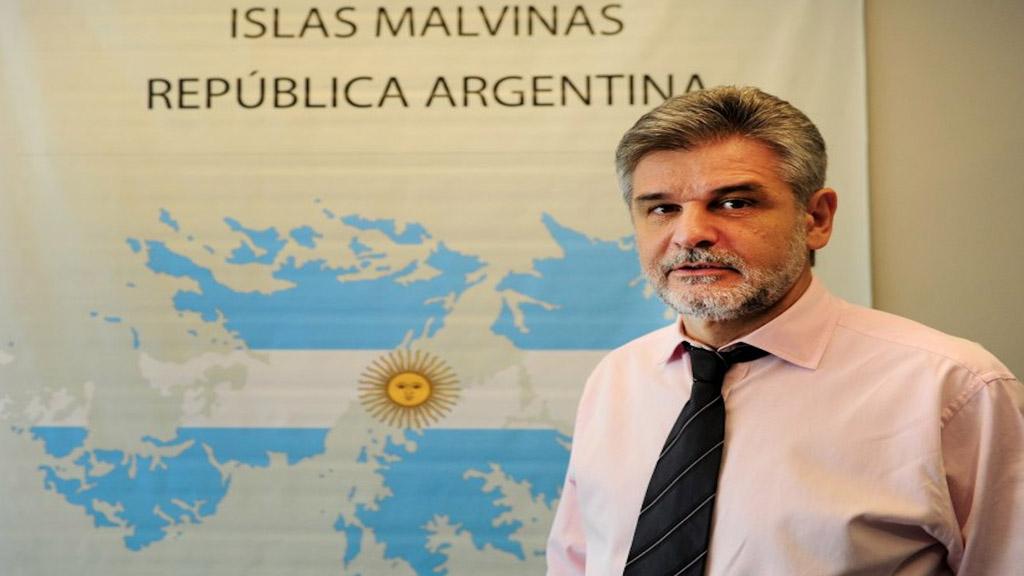 Filmus refutó con hechos históricos los dichos de Sarlo sobre Malvinas
