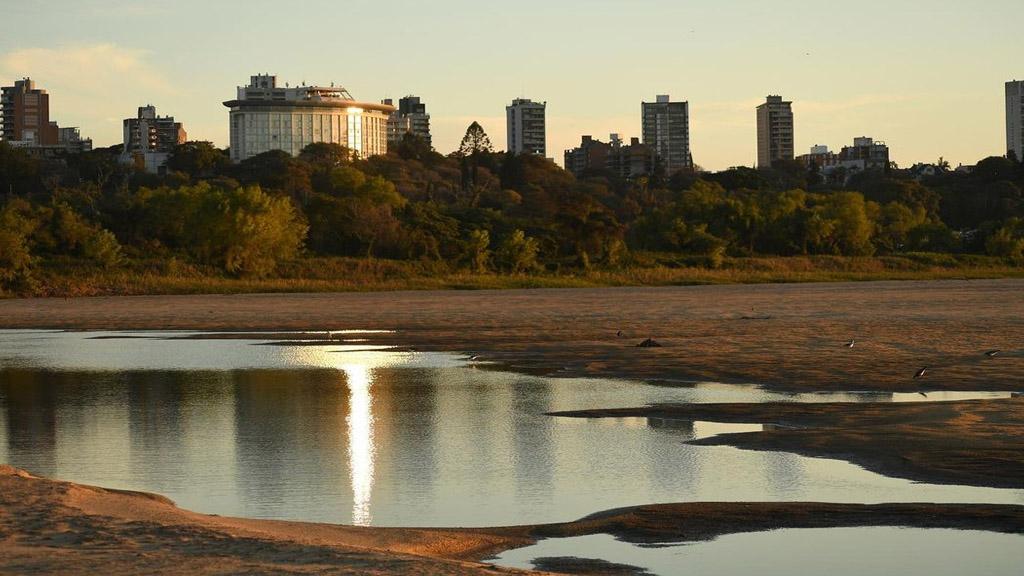 La bajante del río Paraná se agravará en las próximas dos o tres semanas