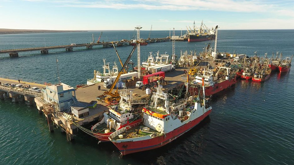 Kulfas dijo que se analiza el retorno de los reembolsos a los puertos patagónicos