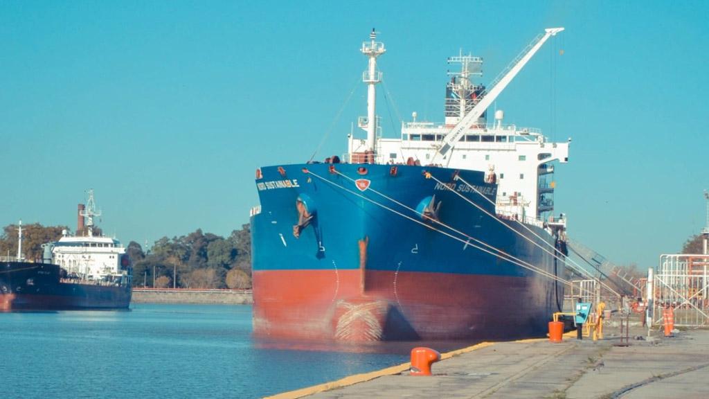 Buscan restablecer totalmente la navegabilidad en el acceso al puerto de La Plata