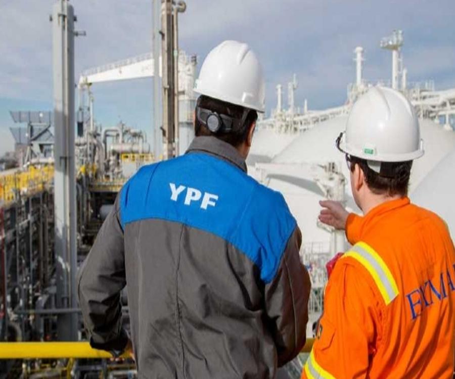 Confirmado: YPF rescindió el contrato con Exmar y puso punto final a la barcaza de GNL