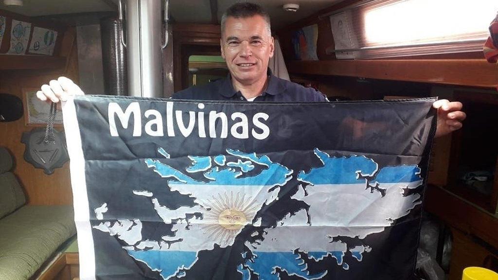 Homenaje a Luis Piedrabuena: un veterano de guerra viajará en velero a Isla de Los Estados