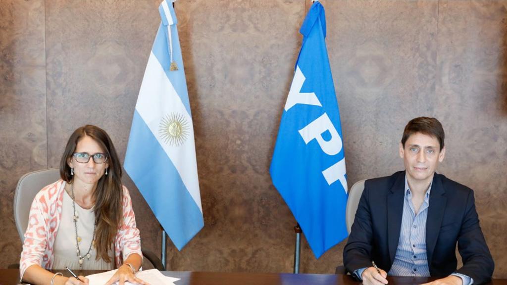 YPF firmó un convenio para promover acciones contra la violencia de género