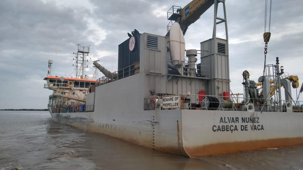 El futuro de la Hidrovía: estado de alerta y asambleas en Dragado y Balizamiento