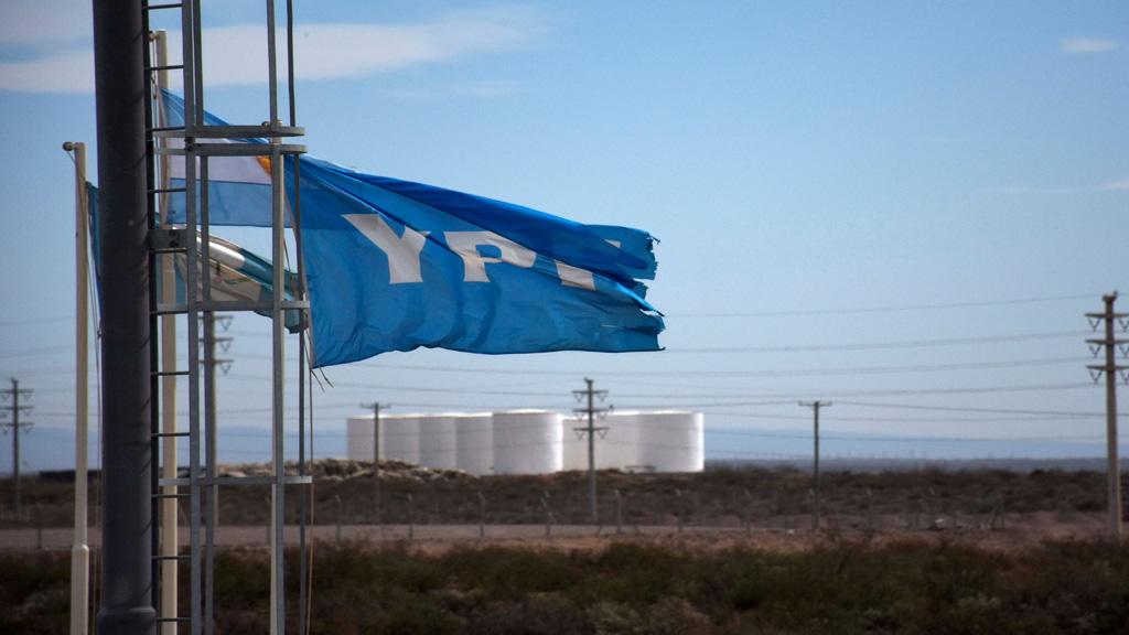 YPF anuncia inversiones en Vaca Muerta por u$s 2.600 millones, junto a sus socios