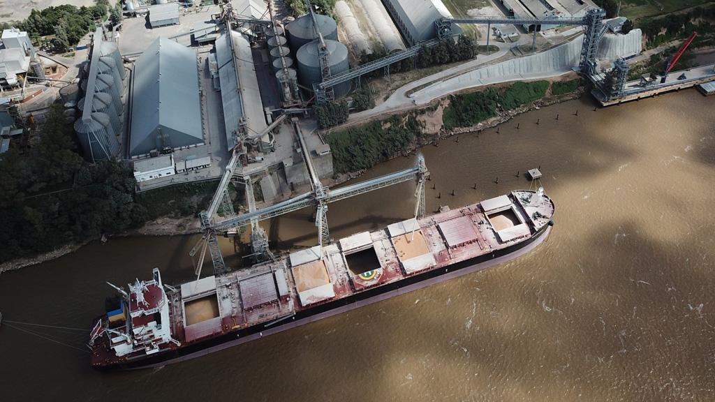 Comenzó el paro nacional de 48 horas lanzado por los gremios marítimos y fluviales