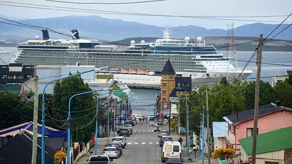 ¿Obras hoy, cambios para mañana? Turismo de cabotaje y política marítima en Ushuaia