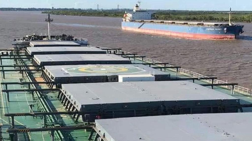 Caen en el Gran Rosario los embarques de maíz y crecen en Bahía Blanca y Quequén